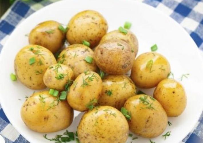 Молодой картофель этого сорта имеет хорошие вкусовые качества