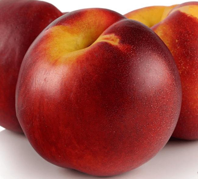 Гладкая и крепкая кожица защищает фрукт при длительной транспортировке